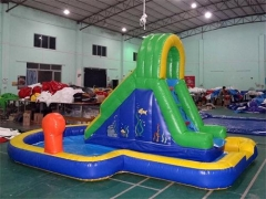 Splash down inflatabe slide